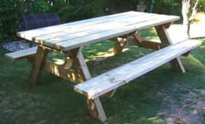 Completed DIY Picnic Table