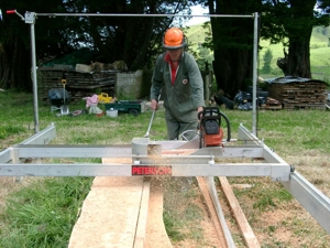 Chris Carter cutting in the vertical with his sawmill.