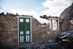 earthquake rebuild help