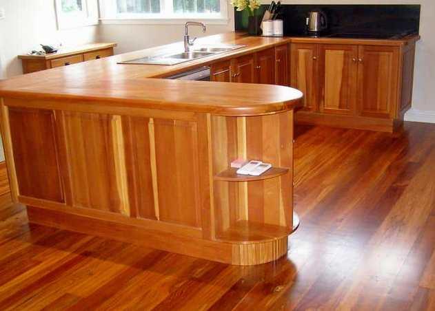 Gordon Adair - Rimu and Kitchen Bench